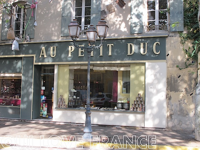 Au Petit Duc chocalatier and biscuit shop St Remy de Provence OuiLoveFrance.com #provence #france #travel